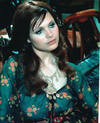 £2.39 • Buy Madeline Smith Unsigned Photo - 4182 - Sexy!!!!!