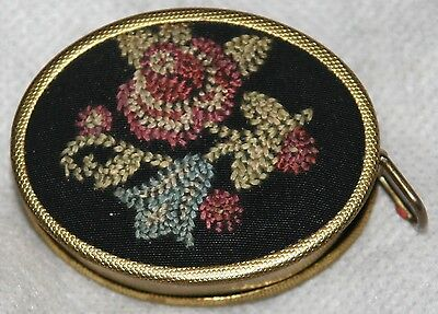 £93.18 • Buy ANTIQUE EMBROIDERED ROSES ON AN OVEL BACKDROP Tape Measure,NOVELTY