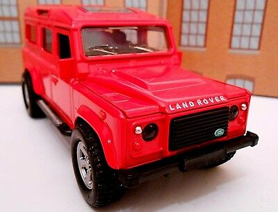 LAND ROVER DEFENDER Model Toy Car Boy Dad Birthday Gift NEW & BOXED! • 7.95£