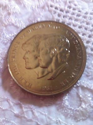1981 Prince Of Wales & Lady Diana Spencer Crown Coins 23 Available • 1.30£