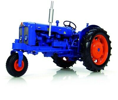 AU109.50 • Buy Universal Hobbies UH2887 Fordson Super Major Tricycle Row Crop Toy Tractor 1:16