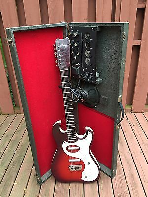 $ CDN1769.87 • Buy  1965 Danelectro Silvertone Guitar & 1457 Amp-In-Case All Tube