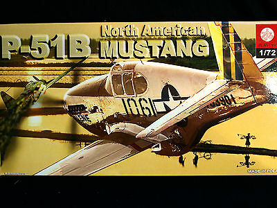 North American P-51 B Mustang, Zts Plastyk, Scale 1/72, S-048 • 7.30£