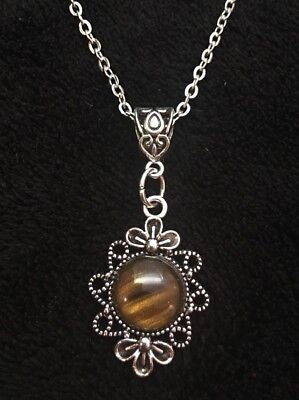 """£4.95 • Buy Tigers Eye Stone Cameo Necklace Pendant Charm 18"""" Chain Silver Native American"""