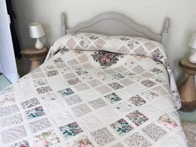£85 • Buy Traditional Quilted Cotton Bed Cover - King Size VGC Pastel Shades