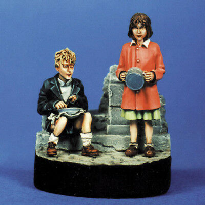 Sol Resin Factory, Mm015, 1/35, Europe Child (2 Figures) • 15.89£