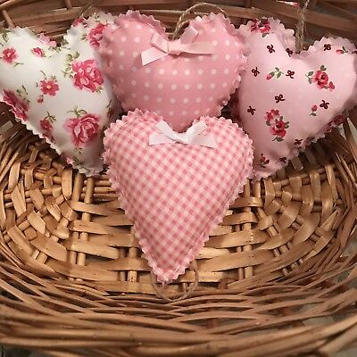 Set Of 4 Shabby Chic Hand Made Hanging Love Hearts • 5.30£