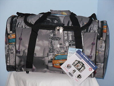 Super Lightweight Cabin Friendly Holdall Bag In Five Cities Print. • 13.98£