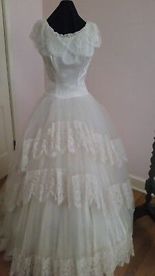 £141.81 • Buy Vintage White Chantilly Lace Ball Gown/wedding Dress Circa 1950's