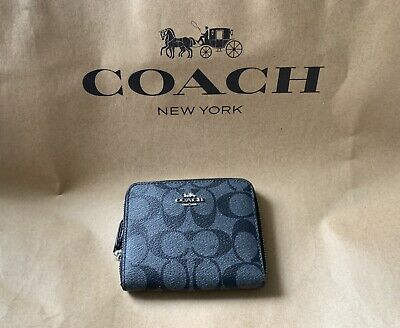79431dd37edf NWT COACH SMALL ZIP AROUND WALLET IN SIGNATURE CANVAS F30308  150 Khaki •  45.00