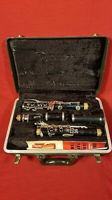 $99 • Buy Selmer Bundy Resonite Clarinet W/ Bundy Case