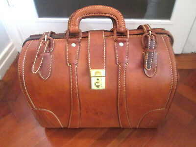 Vintage Leather Doctor's Style Bag • 74.99£