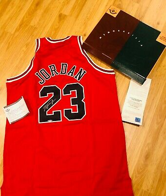AU25833.11 • Buy MICHAEL JORDAN SIGNED AUTO CHICAGO BULLS MITCHELL & NESS JERSEY UDA 1997-98 Red