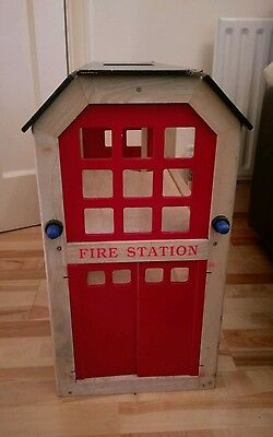 Stylish And Traditional Wooden Fire Station Set By John Crane Pintoy USED • 30£