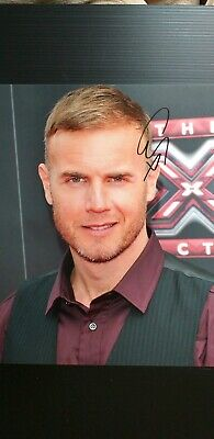 GARY BARLOW Genuine 10x8 Signed Photo With Coa  • 50£