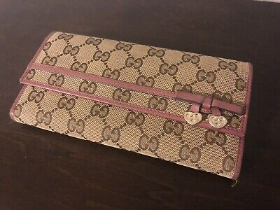 $174.99 • Buy Women's Monogram Gucci Long Canvas Wallet With Purple Leather Trim & Gold Heart