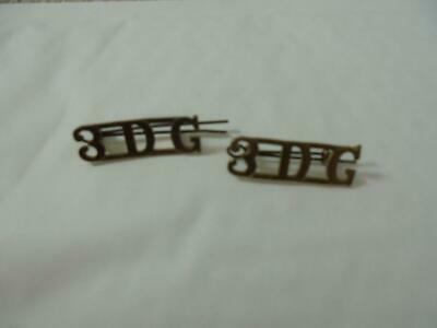 2 ARMY BRASS SHOULDER  BADGE 3rd DRAGOON GUARDS • 12£