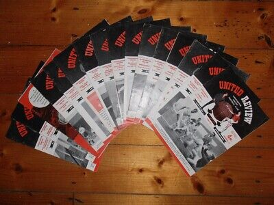 1960-61 MANCHESTER UNITED HOME PROGRAMMES - Your Choice - FREE Postage • 2.50£