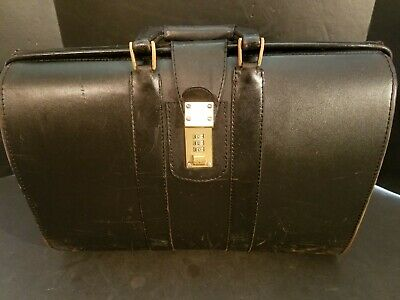 $100 • Buy Vintage Black Leather Case Doctor's Bag Or Briefcase 18x13x6  W/Combination Lock