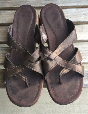 $31.99 • Buy MERRELL Women's Sundial Cross Bronze Brown Leather Thong Sandals Size 11