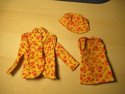 $ CDN44.66 • Buy Vintage 1967 Barbie Travels Together Red And Yellow 3 Piece Outfit Estate Sale