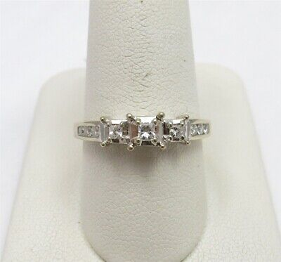 $140 • Buy 14K White Gold ~1/4CTW Diamond Illusion Set 3 Stone Channel Accent Ring Size 8