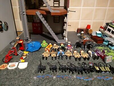 The Real Ghostbusters Bundle Playmobil Ecto 1 Fire Station Figures 80 Pieces • 100£