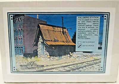 S Scale, Downtown Deco, Kit #DD-15, Fallberg Station • 43.65£