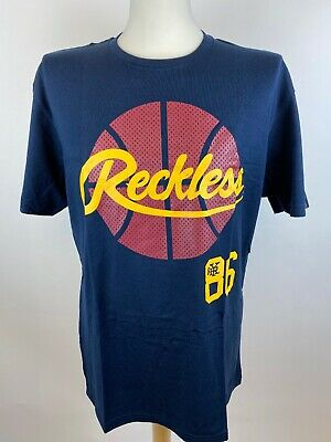 Young & Reckless Mens T-Shirt Size Large • 13£