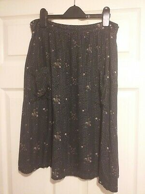 Ladies Fat Face Size 10 Midi Skirt, Navy Floral And Polka Dot  Patterned. • 1.70£
