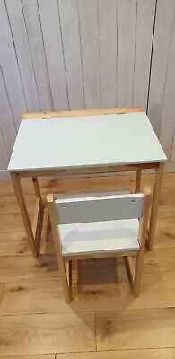 School Desk And Chair • 24£