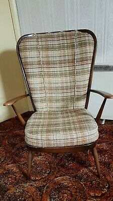 Vintage Ercol Windsor Large Spindle Back Arm Chair (Good Condition) • 250£