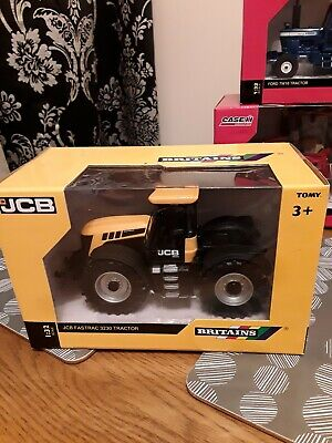 £35 • Buy Britains Models Jcb Fastrac 3230 Tractor, Boxed. 42762 Mib