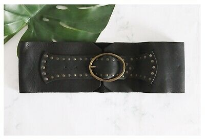 Thick Black Leather Belt • 20£