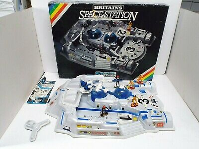 £79.99 • Buy Britains 9111 55736-xs Space Station Excellent Boxed Uk Only Sale (bs2870)