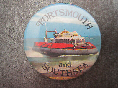 £3.99 • Buy Portsmouth And Southsea Pin Badge Button (L9B)