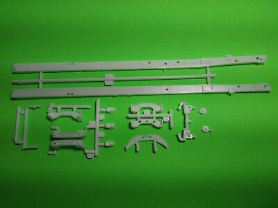 $19.99 • Buy Mack R685ST 1/25 AMT Big Rig Semi Truck Model Part Bare Frame Chassis Tractor