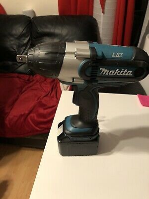 Makita 18v Impact Wrench Driver • 190£