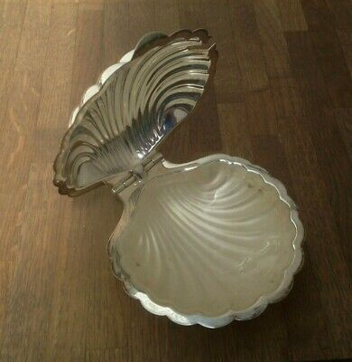 Vintage - Butter Dish & Glass Insert - Shell Shaped - Manco - Silver Plated =  • 14.99£