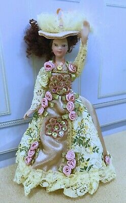 $ CDN25.25 • Buy Dollhouse Miniature Pose - Able Dressed Victorian Porcelain Lady Doll