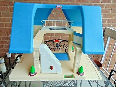 $62.99 • Buy 🏡🔷 Vintage Little Tikes Toy Blue Roof Doll House Play Set L@@K
