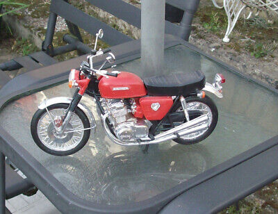 1/8th Scale Model Motorcycle Honda 750 Four • 45£