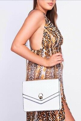 White Croc Cross Body Bag • 5£