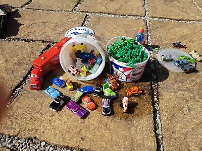 £15 • Buy Toy Story Soldiers And Disney Cars Toys