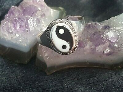 Sterling Silver 925 Yin Yang Oval Ring Black/White Size R • 26£