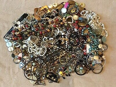 $ CDN298.68 • Buy HUGE Mixed LOT Of Vintage Costume Jewelry UNSORTED UNSEARCHED UNTESTED