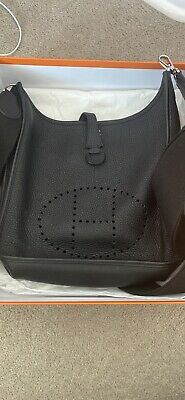 AU3500 • Buy Hermes Evelyne Black Clemence Sac Size 29 Side Bag With Receipt