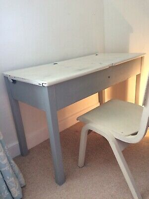 Child's Vintage School Desk And Chair • 25£