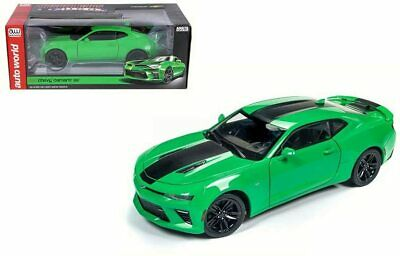 $35 • Buy 2017 Chevrolet Camaro SS - Green - 1:18 Scale Model By Autoworld