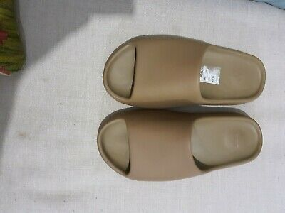 AU150 • Buy Yeezy Slides US11 EARTH BROWN